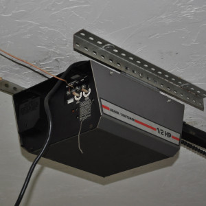 automatic-garage-door-opener-300x300