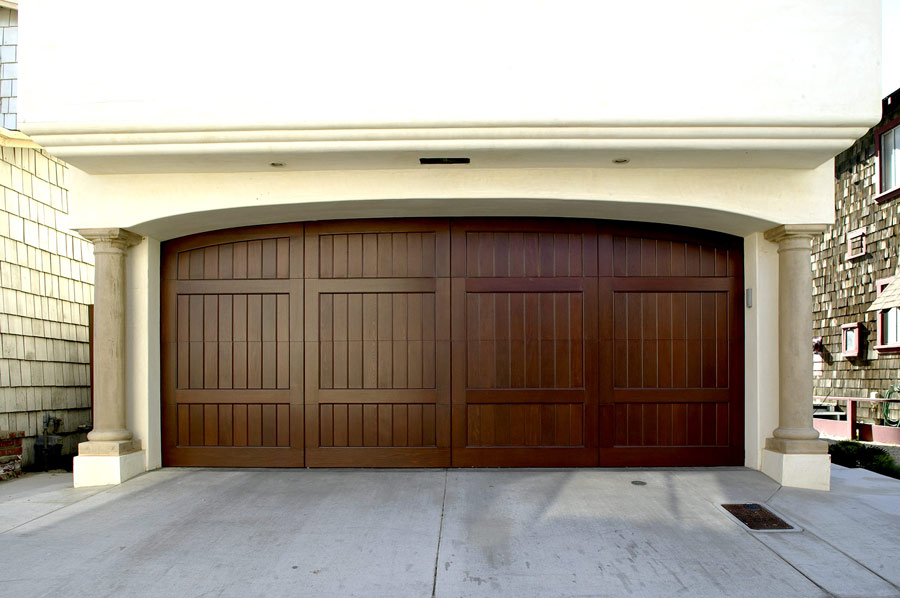 New Garage Door Installation Giant Garage Doors